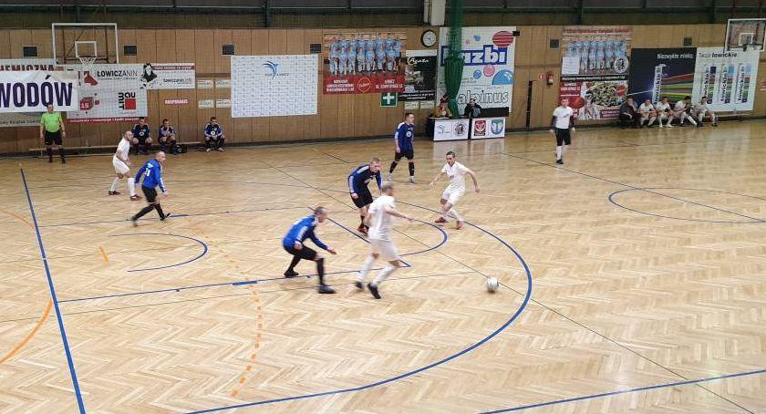 Piłka nożna, Wystartowała Łowicka Futsalu Sprawdź wyniki kolejki - zdjęcie, fotografia