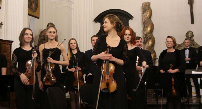 Koncerty, Koncert Moniuszkowski Łowiczu (ZDJĘCIA VIDEO) - zdjęcie, fotografia
