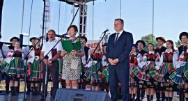 Radość zgromadzonych nagrodą za zorganizowanie III Pikniku na Blichu!!!