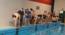 Trzy szkoły rywalizowały na pływalni