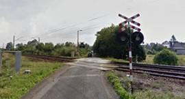 Pociąg uderzył w tył przyczepki ciągnika