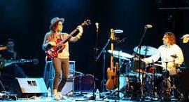 Młoda, utalentowana i piękna basistka zagrała w Łowiczu