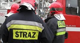 Stażacy walczyli z pożarem garażu w Popowie