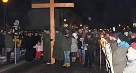Łowiczanie poniosą krzyż ulicami miasta