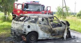 Wypadek w Strzelcewie. Droga zablokowana