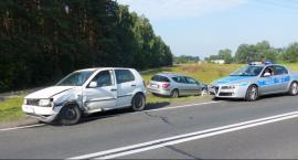 Zderzenie volkswagena i peugeota na DK 70
