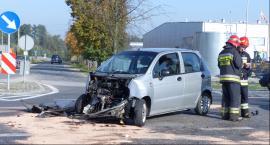 Ciężarowa scania zderzyła się z matizem w Kompinie