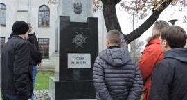 Śladami niepodległości w Łowiczu. Skazani oddali hołd bohaterom