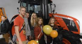 Młodzież ze Zduńskiej Dąbrowy na targach rolniczych w Nadarzynie