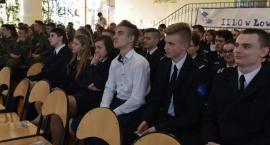 Młodzież II LO poznała tragiczne losy funkcjonariuszy Policji Państwowej