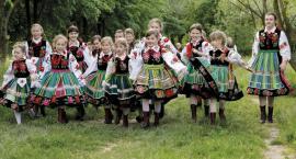 Noworoczny koncert dziecięcych zespołów z Łowicza i Kocierzewa