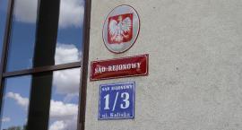Sędziowie SR w Łowiczu podjęli uchwałę ws. pikiet pod sądem