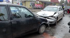 Wypadek na Warszawskiej. Kobieta trafiła do szpitala