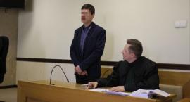 Łowicz: ruszył proces 27-latka, który zakatował szczeniaka