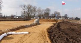 Budowa Dmowskiego prawie na półmetku. W kwietniu Trakt i PRB wchodzą w 1 Maja