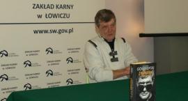 Filmowy Edi w zakładzie karnym w Łowiczu