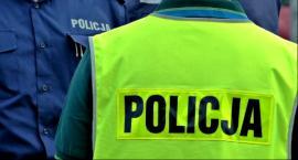 Kolizje: 19-latek uderzył w drzewo, 53-latek w tył poprzedzającego auta, a 53-latek wpadł do rowu