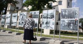 """Otwarto wystawę """"Łowicz w Niepodległej"""""""