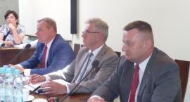 Powiatowe komisje oceniają wykonanie ubiegłorocznego budżetu