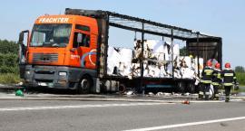 Pożar ciężarówki na DK 92 pod Łowiczem. Utrudnienia w ruchu