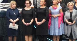 Studniówka uczniów Pijarskiego LO w Łowiczu - VIDEO