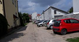 Rusza budowa nawierzchni na trzech ulicach w Starym Mieście. Będą problemy z parkowaniem