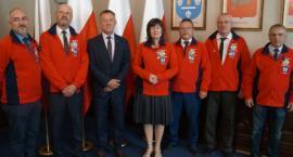 Członkowie PTTK w Łowiczu otrzymali odznaczenia państwowe