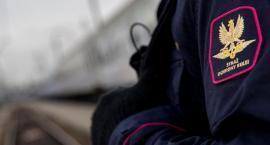 41-latek rozkręcał tory kolejowe pod Łowiczem. Uciekał przed funkcjonariuszami SOK
