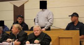 Łowicz: podejrzani o udział w wyłudzeniach usłyszeli zarzuty. Zeznawali pierwsi świadkowie