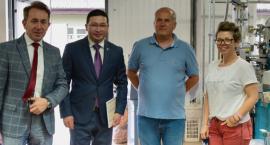 Ambasador Kazachstanu odwiedził jedną z łowickich firm