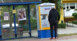 Biletomaty stacjonarne już stoją. Będzie nowy rodzaj biletu