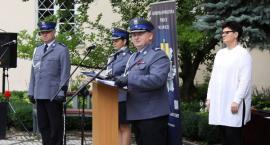 Awanse komendantów łowickiej policji