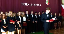 Obchody Dnia Sybiraka w I LO w Łowiczu (ZDJĘCIA, VIDEO)