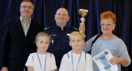 Policyjna Akademia Bezpieczeństwa: uczniowie SP w Bielawach najlepsi (ZDJĘCIA)