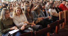 I Powiatowe Forum Zawodowe w Łowiczu (ZDJĘCIA, VIDEO)