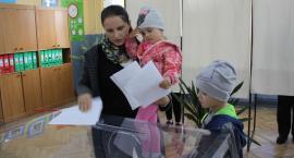 Wybory samorządowe 2018. Frekwencja w Łowiczu i gminach do godziny 12 i 17 (ZDJĘCIA)