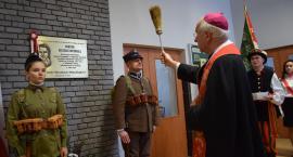 Zduńska Dąbrowa: obchody 100. rocznicy odzyskania Niepodległości przez Polskę (ZDJĘCIA)