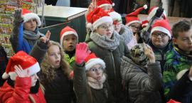 """Akcja """"I Ty możesz zostać łowickim Mikołajem"""" (ZDJĘCIA)"""