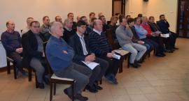 Protestujący rolnicy spotkali się z władzami powiatu łowickiego i parlamentarzystami
