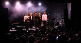 Wojtek Mazolewski Quintet w Łowiczu. Muzycy przypomnieli twórczość Krzysztofa Komedy