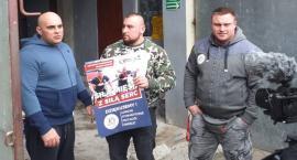 Siłacze o dużych sercach odwiedzili schronisko dla zwierząt w Łowiczu