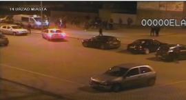 Łowicz: posypały się mandaty dla osób zakłócających spokój na parkingu za ratuszem (VIDEO)