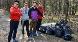 #Trashchallenge w Łowickiem. Kolejne grupy ruszają zrobić porządek w terenie