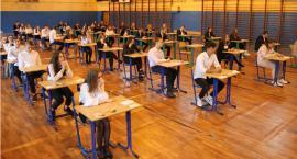 Łowicz: rozpoczynają się egzaminy gimnazjalne (ZDJĘCIA, VIDEO)