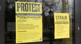 Oficjalne stanowisko starosty łowickiego. Strajkujący nauczyciele nie otrzymają wynagrodzenia