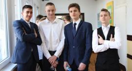 Drugi dzień egzaminów gimnazjalnych w Łowiczu (ZDJĘCIA)