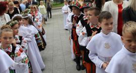 Pierwsza Komunia Święta w Łowiczu - Bazylika katedralna Wniebowzięcia Najświętszej Maryi Panny i św. Mikołaja