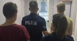 Trzech nastolatków napadło pod Łowiczem dostawcę kebabów. Jeden usłyszał już zarzuty