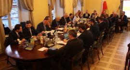 Transmisja na żywo z sesji Rady Miejskiej w Łowiczu