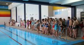 Gimnazjaliści rywalizowali na pływalni